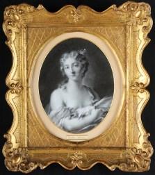 Rosalba Carriera (Venezia 1675 - Venezia 1757), Allegoria femminile della Primavera, matita e gessetto bianco su carta, in cornice antica in legno intagliato e dorato, 24.5x19.5 cm (Viezzi Arte, Varmo)