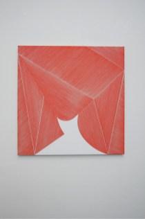 Ester Grossi, Zig-Zag, 2019, acrilico su tela, 80x80 cm Courtesy Spazio Testoni, Bologna Foto Giulia Mazza