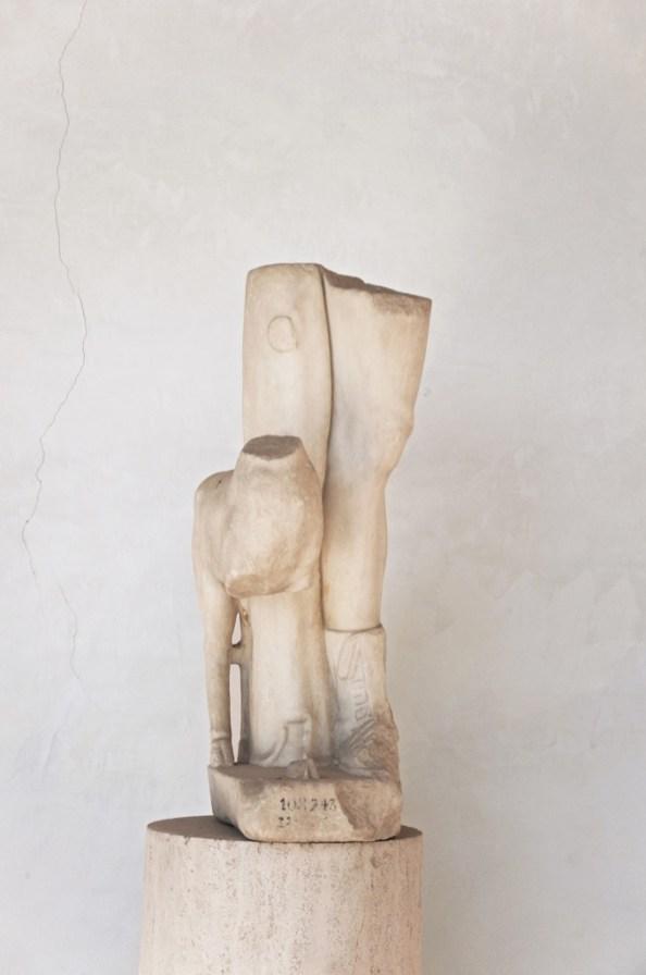 Nicolò Cecchella, Statua, 2015, fotografia digitale, d-print su carta cotone, 90 x 60 cm