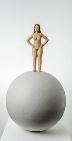 Nando Crippa, Eva, 2019, terracotta dipinta, cm 65.5x38x38 Courtesy Galleria Melesi, Lecco Foto Stefano Pensotti