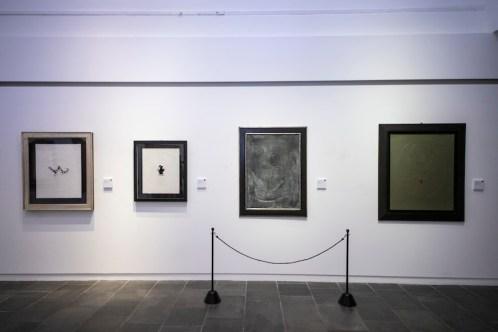 Lucio Fontana. La sua lunga ombra, quelle tracce non cancellate, veduta della mostra, Museo Archeologico Regionale, Aosta