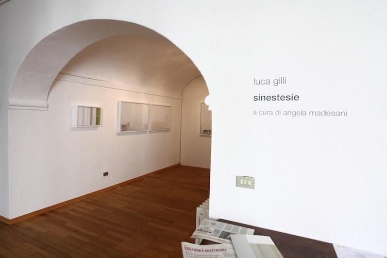 Luca Gilli.Sinestesie, veduta della mostra, Fondazione Antonio e Carmela Calderara, Vacciago di Ameno (NO) Foto Stefano Sacchetti