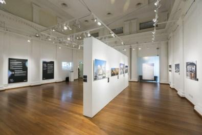Gradazioni di luce. Geografie di sguardi tra storia e contemporaneità, veduta della mostra, The Arts House, Singapore
