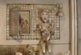 Saba Masoumian, Lotus, 2019 (dettaglio), tecnica mista e polimeri espansi su legno, 135x55x29 cm Courtesy Saba Masoumian e Villa Contemporanea, Monza
