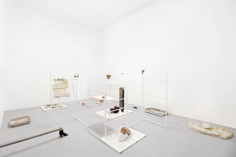 Nicolàs Lamas, Life of things fades into nothingness, veduta della mostra, Spazio ORR, Brescia - Courtesy of Spazio ORR