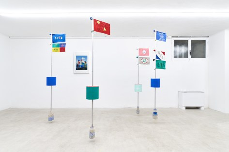 Oliviero Fiorenzi, Segnali, 2019, tecnica mista, 200x45x22 cm Courtesy The Address