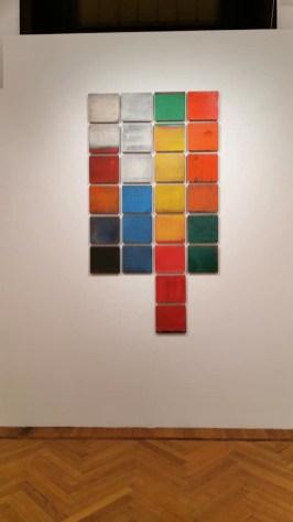 Paolo Masi, Composizione, 1980, tecnica mista su tavola, 26 elementi da 35x35 cm ciascuno Courtesy Ferrarin Arte, Legnago (VR)