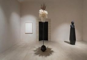 Sasha Vinci, Il gioco della deriva, 2020, installation view Foto Marcello Bocchieri