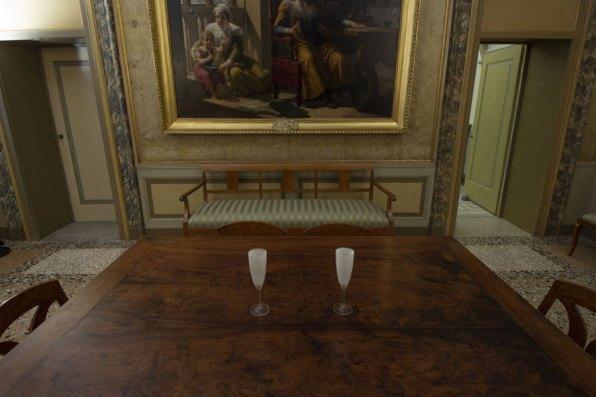 Giovanni Oberti, Autobiografia di riflessi e polvere, veduta della mostra, Palazzo Tosio (BS) Foto Studenti LABA, Brescia