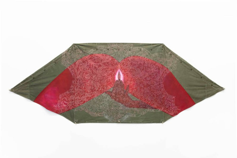Michela Martello, Inner authority, 2019, acrilico, gessetto su tenda militare americana vintage, cm 140x376 Courtesy Galleria Giovanni Bonelli