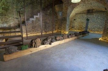 Rob Mazurek, Cosmic stacks, veduta della mostra, Leonesia - Fondazione Vittorio Leonesio, Puegnago del Garda (BS) Foto Studenti LABA, Brescia