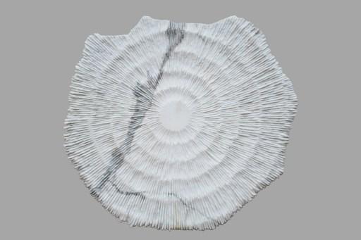 Federico Ferrarini, Stonestar 00, 2020, Stargate Sole su marmo bianco di Carrara, cm 87x90