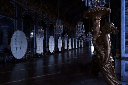 La galleria delle ombre di Silvia Giambrone, Reggia di Versailles, Ph. Credit Adrien Dirand, Courtesy Dior