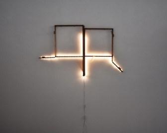 Donatella Izzo, The white show, 2020, finestra in ferro originale, vetro, luci led (finestra originale rinvenuta presso ex manicomio), dimensioni ambientali