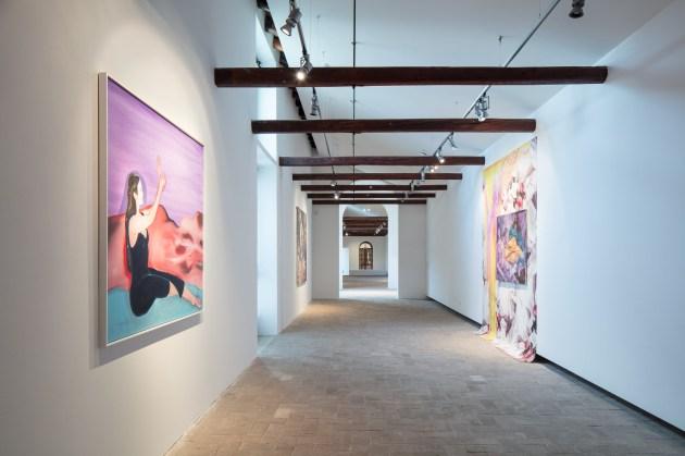 Danae Revisited, veduta della mostra, courtesy Fondazione Fabbri. Foto: ©gerdastudio