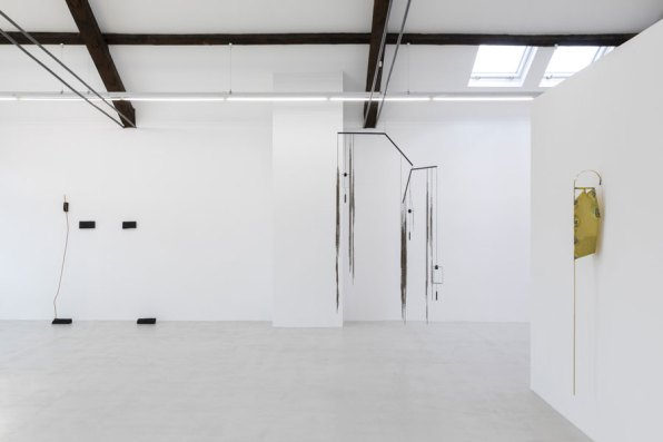 Installation view x_minimal, curated by Friederike Nymphius at Cassina Projects, Milano | Photo Roberto Marossi