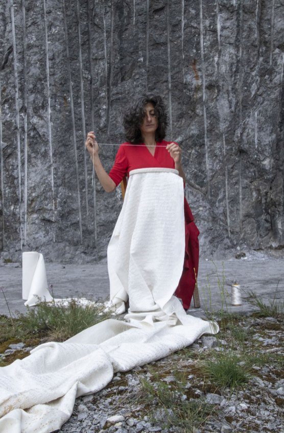 Ilaria Margutti, Hö 'l fìl dè uh, 2020, performance | Photo by Maura Vangelisti| Courtesy l'artista e Associazione falía*