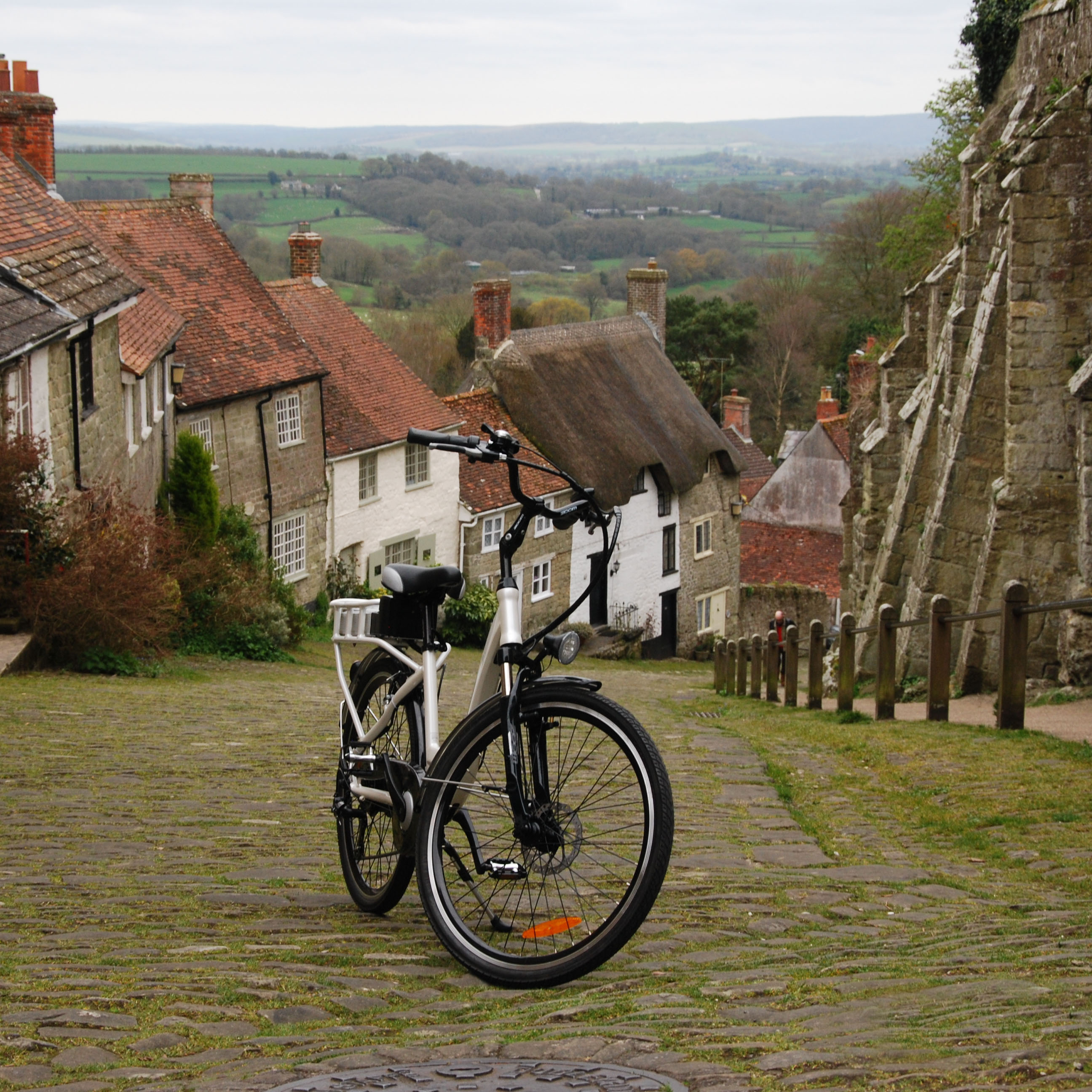 Ex Demo RooDog Chic Electric Bike on Gold Hill in Shaftesbury Dorset