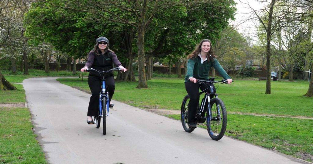 Partners of Espokes Electric Bikes Lu & Laura Jones
