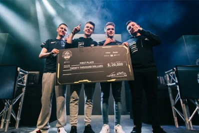 https://i0.wp.com/www.esports-news.co.uk/wp-content/uploads/2017/04/epsilon-cod-birmingham-winn.jpg?resize=398%2C265