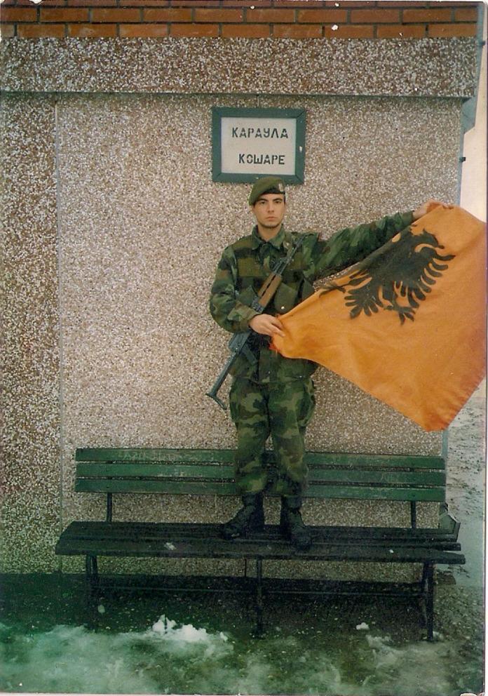 МЕСТО МУ ЈЕ У УЏБЕНИЦИМА: Командант са Кошара чији су сви војници преживели! 5