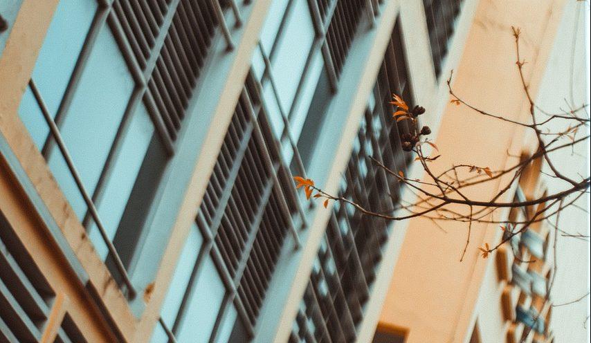 Building Facade City Windows  - minhanhhup / Pixabay