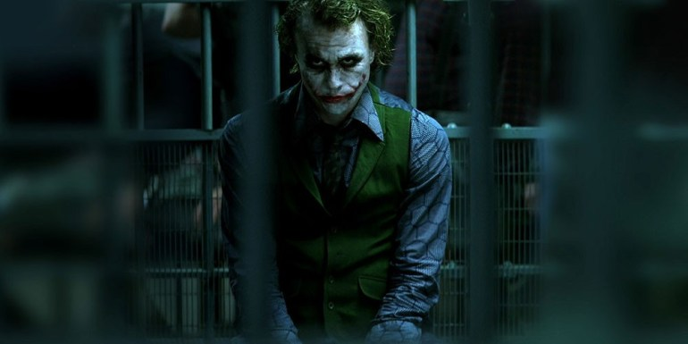 ¿Cómo hubiera sido 'The Dark Knight Rises' si Heath Ledger hubiera estado a bordo?