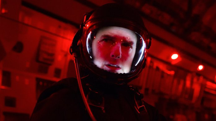 Elon Musk's SpaceX to take Tom Cruise to the ISS for new film - Esquire  Middle East