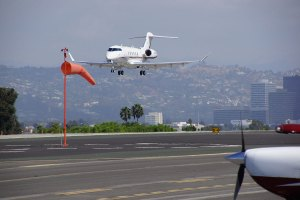 Airplane Santa Monica Airport Esquire Real Estate Brokerage