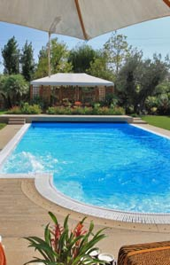 leggi e regolamentazioni regionali per costruire piscine