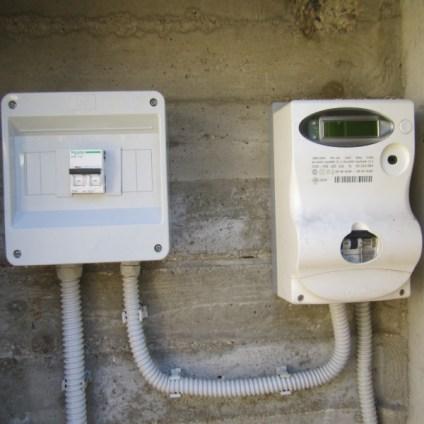 impianto fotovoltaico interruttore elettrico