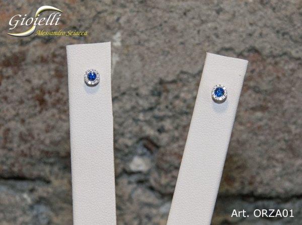 Orecchini in oro bianco con diamanti zaffiri blu naturali