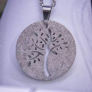 collana in acciaio con pendente albero della vita