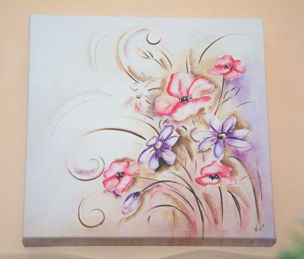 Tela decorata a mano motivo floreale