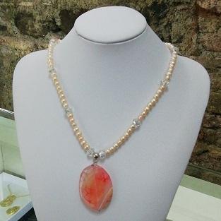 perle di fiume e giada