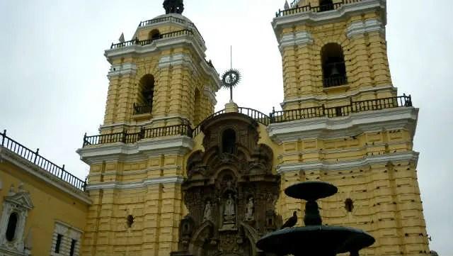Igreja e Museu de San Francisco - Lima, Peru (Foto: Esse Mundo É Nosso)