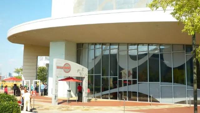 Entrada do Museu da Coca Cola em Atlanta (Foto: Esse Mundo é Nosso)