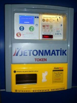 Máquina de Jeton - Como ir do aeroporto de Istambul ao centro (Foto: Esse Mundo É Nosso)