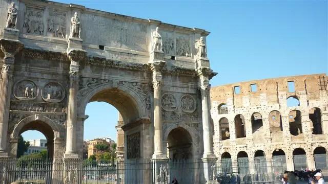Arco de Constantino - O que dá pra fazer em uma conexão em Roma (Foto: Esse Mundo É Nosso)