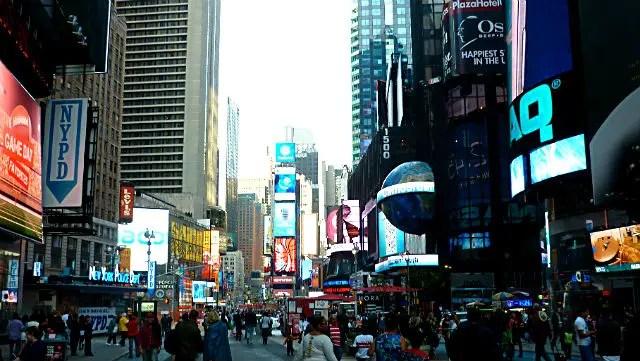 Times Square em Nova York (Foto: Esse Mundo é Nosso)