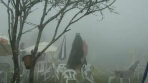Neblina em Lavras Novas, Minas Gerais (Foto: Cissa Carvalho)