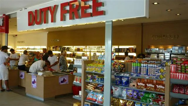 Turquia à Grécia de Barco - Duty Free em Bodrum, Turquia (Foto: Esse Mundo É Nosso)