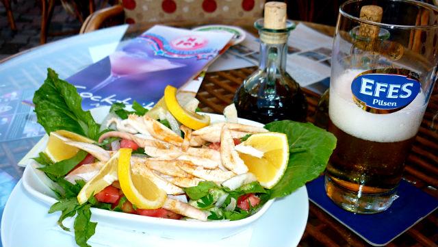 Almoço em Ölüdeniz, Turquia (Foto: Esse Mundo É Nosso)
