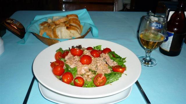 Comida Típica da Turquia - Salada de atum (Foto: Esse Mundo É Nosso)