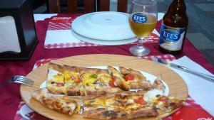 Comida Típica da Turquia - Pide, a pizza turca (Foto: Esse Mundo É Nosso)