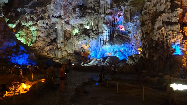 Thien Cung Cave em Halong Bay, Vietnã (Foto: Esse Mundo É Nosso)
