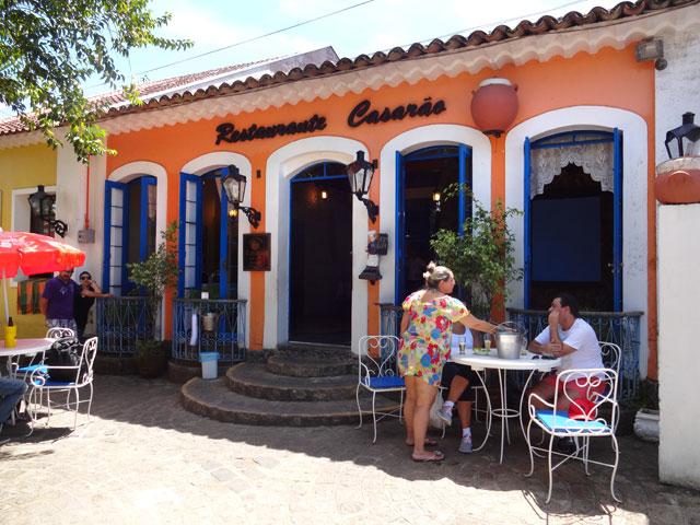 Restaurante Casarão em Morretes, destino do passeio de trem em Curitiba (Foto: Esse Mundo É Nosso)