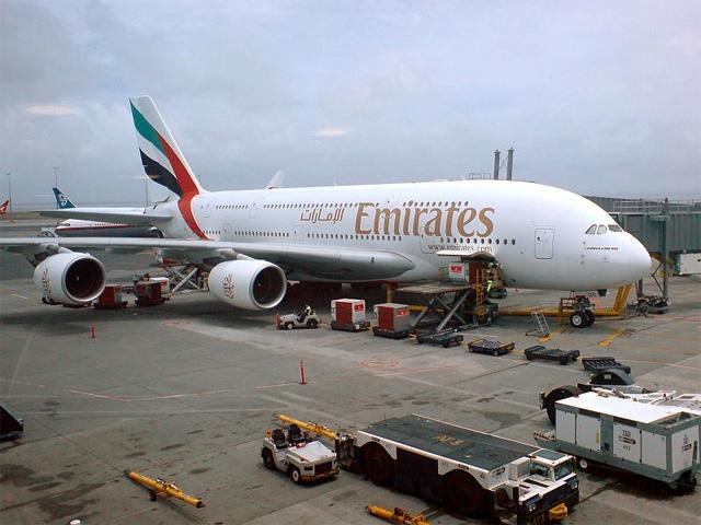 A380 da Emirates, o maior avião do mundo (Foto via Wikimedia Commons)