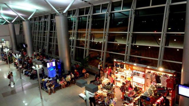 Aeroporto de Ho Chi Minh, Vietnã (Foto: Esse Mundo É Nosso)