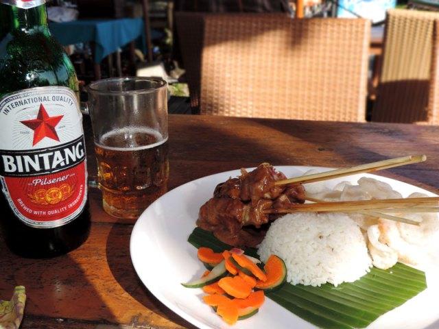 Bali: Restaurante em Kuta (Foto: Esse Mundo É Nosso)